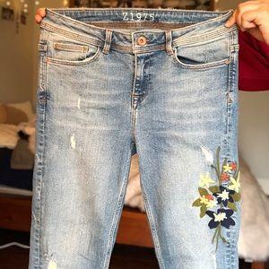 zara embroidered denim jeans